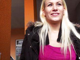 blonde bitch goes down on stranger for cash