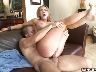 blond with an fantastic ass receives pounded