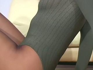 Sexy honey honey in darksome pantyhose