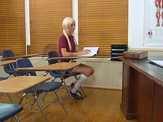 Large stud fucking on the office table with a schoolgirl