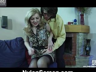 Ninette&Harry nylon pair in act