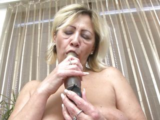milu can't imagine her life out of good masturbation