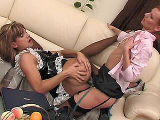 Emilia&Gilbert ding-dong sissysex action