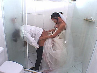 Bruna perverted lady-man bride