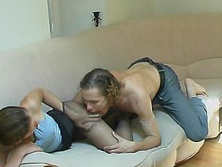 Sophia&Mike kinky hose episode