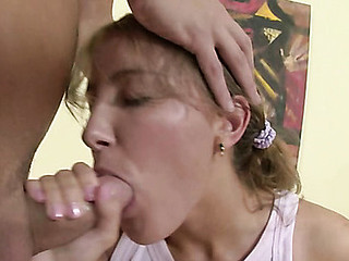 Girlie bounds on bulky dick