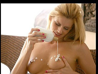 Darryl Hanah plays with sexy lotion on her sweet naturally large marangos