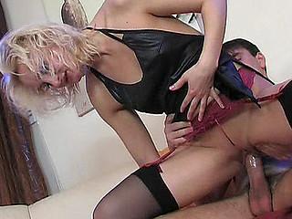 Viola&Clifford raunchy nylon action