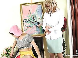 Silvia&Joanna lesbo mamma on clip