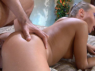 Emeralda&Geffrey frisky anal episode