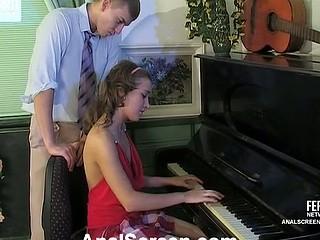 Bridget&Patrick perverted anal episode