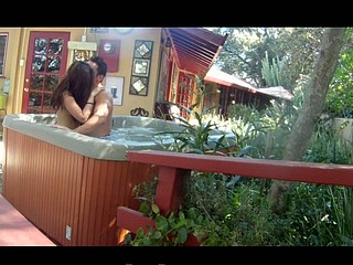 Country Hotty's Sweet Jacuzzi Fuck