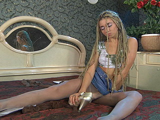 Hatty in cool pantyhose episode