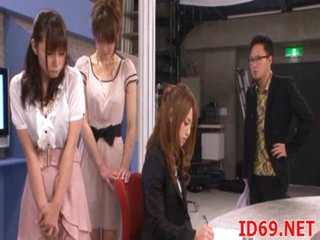 Japanese AV Model in a piss movie scene