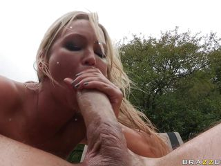 abbey brooks gets a biggest dick in her asshole
