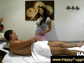 Oriental Allanah gives a sensual massage