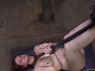 Gagged beauty acquires violent whipping on her mangos