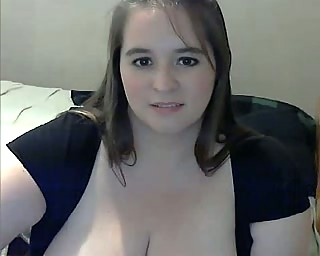 obese milf with big breast masturbating on webcam