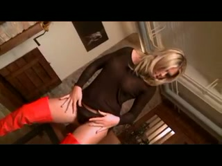 Blonde in red boots got analed