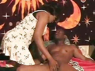 BBW ebony TS bonking a man