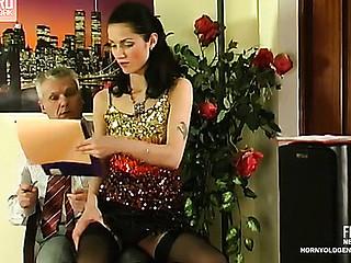 Emmie&Caspar hotty and oldman act