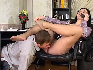 Gwendolen&Bertram nasty nylon feet video