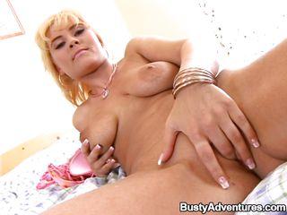 golden-haired milf masturbating with her favorite dildo