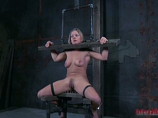 Gagged and clamped slut receives torment