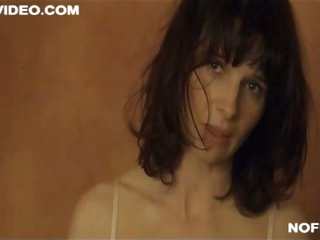 Exquisite French Hottie Julliette Binoche Shows Her Bush - Sexy Sex Scene