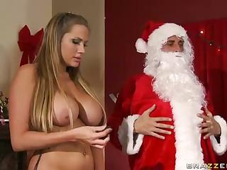 3 Whores Suck Big Dicked Santa