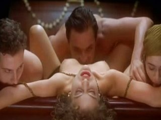 Embrace of the Vampire (1995) - Three-some