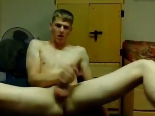 sexy college guy jerking off