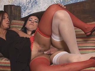 Nicole&Suzy shelady screwing hotty on movie scene