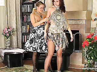 Jaclyn&Susanna nasty hose video