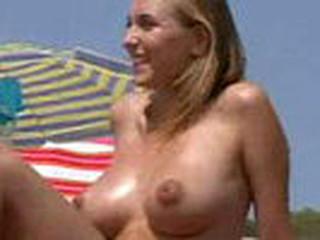 Dilettante sex vid made on the beach