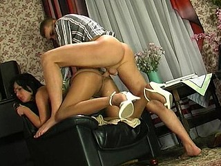 Barbara&Patrick pantyhose mommy on episode