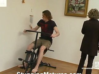 Sara&Mike impressive mamma in act