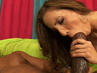 Kelly's sweet youthful divine cum-hole acquires stretched by a large dark dick!