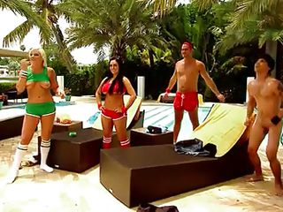 enjoying the worthy sunny day with sex games @ season 3. ep. 10
