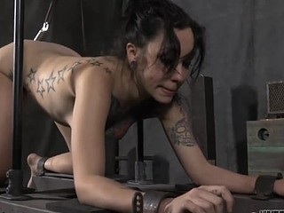 Serf gets her beaver punished from lusty domme