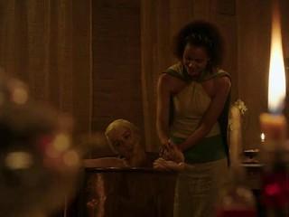 Emilia Clarke nude in the bath Game Of Thrones S03E08 2013