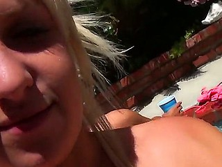 Pleasing babes Destiny James along London Gianna are sharing a massive shlong while at the pool