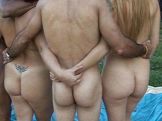 Watch as these spaniards acquire it on in an outdoors sex-picnic