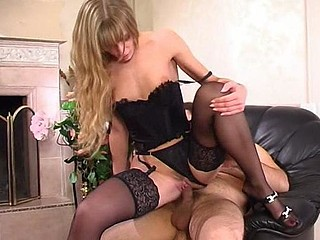 Diana&Lesley red hot nylon action
