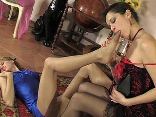 Dolly&Joanna lewd nylon feet act
